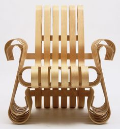 Frank O. Gehry. Power Play Armchair. 1991.