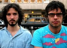 Flight of the Conchords. Which ones my favorite? That's right, the one on the right, yep, right. Jermaine, not Bret.