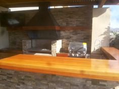 PERGOLAS Y QUINCHOS Outdoor Kitchen Grill, Backyard Kitchen, Outdoor Kitchen Design, Backyard Patio, Outdoor Patio Designs, Wet Bars, Barbacoa, Bbq, Outdoor Bars