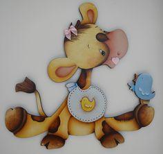 Que tal decorar o quarto de seu bebê com esta linda girafinha, feita em mdf, pintada à mão, ou ainda usar como porta maternidade.  Se você quiser colocar o nome da criança o valor passa para R$87,00  Faço na cor de sua preferência. R$ 87,80
