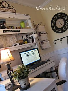LOVE this studio!  Want my home office to look like this!