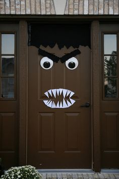 HALLOWEEN door monster decoration by TheBurghBaby via Flickr & DIY.. Halloween door decor.. | Halloween | Pinterest | DIY Halloween ...