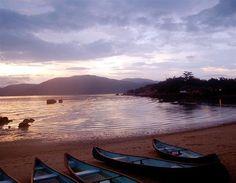 Whale Island, Vietnam (© Beachtomato.com)