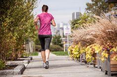 Jogging matinal Jogging, Sporty, Running, Lifestyle, Fashion, Walking, Moda, Fashion Styles, Keep Running