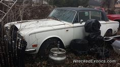 Rolls-Royce Silver crashed in Livingston, New Jersey