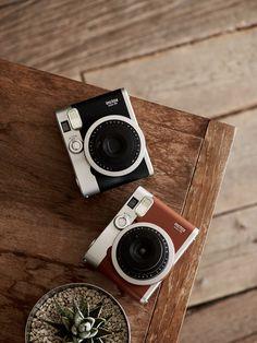 Fujifilm Instax Mini 90 Brown Fotocamera Istantanea per Stampe Formato 62 x 46 mm, Marrone/Argento: Amazon.it: Elettronica