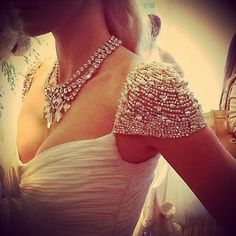 Elsa Corsi jewels paired with a stunning Reem Acra gown from Blush Bridal VCR Photo @604fashionista Alicia Quan