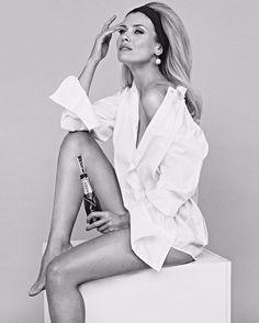 "Páči sa mi to: 2,117, komentáre: 10 – Lukas Kimlicka® (@lukaskimlicka) na Instagrame: ""@daniela_pestova for @moetchandon @kviff by @lukaskimlicka makeup @klarasurdusova hair…"""