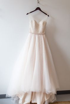 Gorgeous Mori Lee wedding dress. View the full wedding here: http://thedailywedding.com/2016/08/03/classic-intimate-wedding-christine-brett/