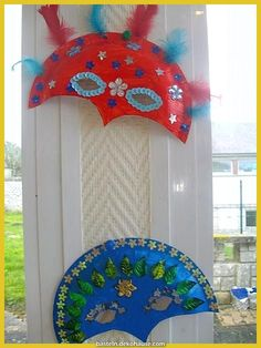 Beautiful carnival masks with paper plates - Typical Miracle Diy And Crafts, Crafts For Kids, Arts And Crafts, Decoration Creche, Diy Paper, Paper Crafts, Carnival Crafts, Safari Decorations, Diy Mask