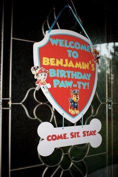 paw patrol centerpiece - make with current shields from last year Third Birthday, 4th Birthday Parties, Birthday Fun, Birthday Cakes, Birthday Ideas, Paw Patrol Party, Paw Patrol Birthday, Cumple Paw Patrol, First Birthdays