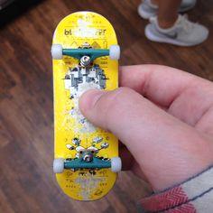 Berlin wood flat face mini skateboard fingerboard Middle School Art, Art School, Mini Skate, Finger Skateboard, Tech Deck, Navy Seals, Skates, Skateboarding, Anonymous