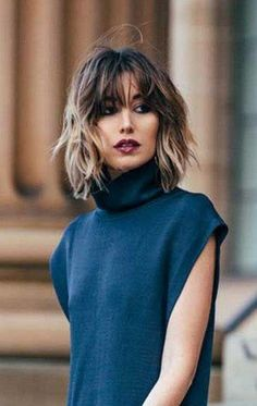 Are ready for chop with these hottest short hairstyles? In our gallery you will find images of 30 Trendy Short Haircuts 2015 - 2016 that you will totally adore! Trendy Haircuts, Short Bob Hairstyles, Fashionable Haircuts, Haircut Short, Hairstyles Haircuts, Pixie Haircuts, Short Hair With Bangs, Short Hair Cuts, Thick Hair