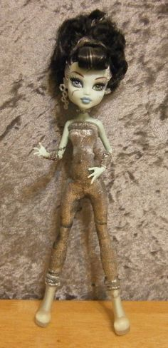 jumpsuit  for monster high dolls by moonsight68 on Etsy, $7.00
