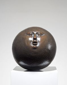 Sergio Bustamante Galeria | SMALL SPHERE WITH FACE FOR FOUNTAIN