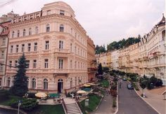 The historical building of hotel Slovan is situated in a quiet environment of the Sadova Street in Karlovy Vary. The hotel forms a dominant point of this noble avenue by the view from the bottom of the street towards the Park colonnade. The main building of the spa hotel Kriváň is just about 120m far-away.