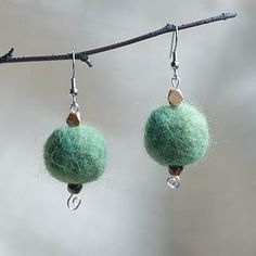 cute and simple earrings, nice color!