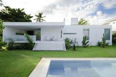 Interior design ideas, home decorating photos and pictures, home design, and contemporary world architecture new for your inspiration. Modern Exterior House Designs, Modern Garden Design, Modern House Plans, Modern House Design, Home Design, Design Ideas, Interior Design, Interior Colors, Interior Exterior
