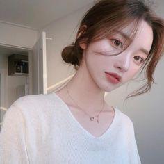 Pretty Korean Girls, Korean Beauty Girls, Cute Korean Girl, Pretty Asian, Asian Girl, Mode Ulzzang, Ulzzang Korean Girl, Most Beautiful Faces, Beautiful Girl Image