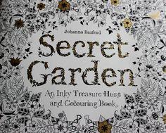 Vinttikissa: Aikuisten värityskirja-esittely: Secret Garden