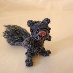 Ninja Squirrel Amigurumi - FREE Crochet Pattern and Tutorial. looks more like a hobo squirrel.