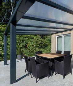 Pergola sur mesure, en alu avec toit rigide - Stores-discount.com