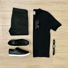 Alpha Casual Outfits ideas for men in Classy style and simple ideas for the summer, spring, winter or fall. We feature fashion fall all ages Casual Wear For Men, Casual Summer Outfits, Work Casual, Men Fashion Show, Mens Fashion, Fashion Fall, Outfit Grid, Men Style Tips, Casual Street Style