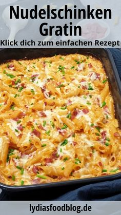 Nudel-Schinken-Gratin, einfach selber machen, Rezept Pasta and ham gratin with cream sauce is a quic Healthy Chicken Dinner, Easy Healthy Breakfast, Easy Healthy Dinners, Easy Dinner Recipes, Healthy Dinner Recipes, Low Carb Chicken Recipes, Pasta Recipes, Macaroni Recipes, Soap Recipes