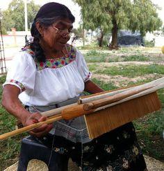Con más de 50 años tejiendo #historias, #Domitzu #Chilcuautla ha logrado 7 veces el Gran Premio Nacional #ArtePopular
