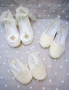 zapatos-de-arras-marita-rial-comprar-online-corte-flamenco-para-niños-zapatos-niño-blancos-shoes-boys-slippers-niño-y-niña-patucos-bebe-2.jpg