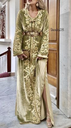 eautiful caftan by Moroccan Bride, Moroccan Caftan, Arabic Dress, Arab Fashion, Caftan Dress, Embroidery Dress, Saris, Traditional Dresses, Special Occasion Dresses