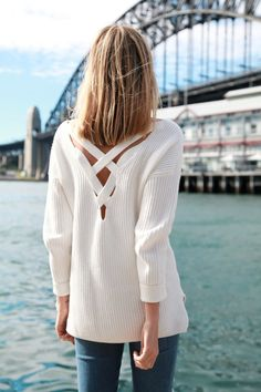This subtle back detail just put this chunky sweater at the top of our Fall shopping list!