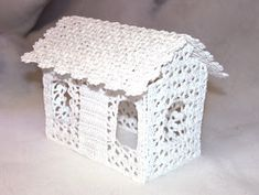 Purple crafts: Lace crochet house with lights for Christmas Handmade Christmas, Christmas Fun, Christmas Decorations, Purple Crafts, Lace Decor, Yarn Bombing, Crochet Home, Decorative Boxes, Sewing