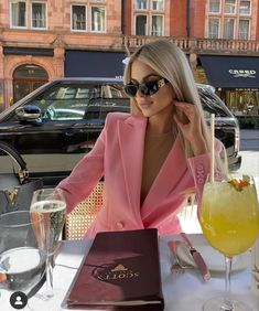Classy Outfits, Chic Outfits, Fashion Outfits, Mode Kylie Jenner, Looks Pinterest, Look Girl, Classy Aesthetic, Aesthetic Pics, Elegantes Outfit
