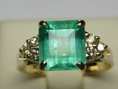 Emerald and White Diamond Ring on auction at #graysonline #ring #diamond #emerald #green #diamondsareagirlsbestfriend #Jewelry #jewellry #auction #bid #online #$9startprice