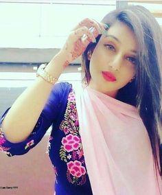 Beautiful Girl Photo, Young And Beautiful, Girl Pictures, Girl Photos, Pakistani Girl, Free Girl, Stylish Girls Photos, Girls Dpz, Girl Gifs