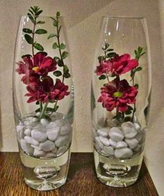 Wedding floral centerpieces - SAVING TIP Creation, recycling Cut flowers a little differently Vase Arrangements, Beautiful Flower Arrangements, Beautiful Flowers, Beautiful Pictures, Candle Centerpieces, Floral Centerpieces, Vases Decor, Wedding Centerpieces, Deco Floral