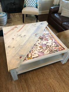 Easy DIY Coffee Table Design Ideas – Once you have located the right DIY coffee table plans, completion of your project will take just a few hours. Coffee tables can be created with just … Coffee Table Design, Diy Coffee Table Plans, Farmhouse Style Coffee Table, Coffee Tables, Woodworking Coffee Table Ideas, Woodworking Furniture, Coffee Coffee, Table Cafe, Diy Table