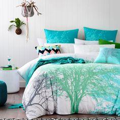 Si  gusta la #naturaleza no dudes en poner una #colcha o #cojines así  en tu #habitación. #dormitorios