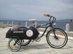 Vintage Beach Side – Electric Bicycle with Sidecar