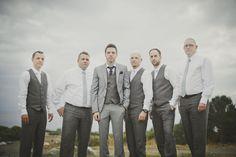 grey-groomsmen-suits.jpg (590×393)