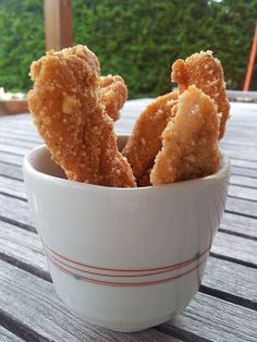 cocinar entre libros: Tiras de pollo rebozadas con maíz frito