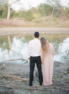 Soft romantic organic wedding inspiration | Wedding Sparrow