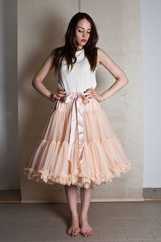 Full Soft Tulle Peach Petticoat. Perfect as a Bridal Petticoat, Bridesmaid Petticoat, your 1950s Dress Swing Dress. In Many Colours & Lengths.