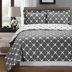 Deluxe Reversible Bloomingdale Comforter Set 100 Cotton 300 Thread coun Bedding woven with superior singleply yarn 4 Piece Full  Queen Size Comforter Set Gray and White >>> You can find out more details at the link of the image.