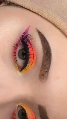 Edgy Makeup, Eye Makeup Art, Crazy Makeup, Eye Makeup Tips, Smokey Eye Makeup, Makeup Videos, Eyeshadow Makeup, Makeup Eyes, Smoky Eye