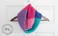 Join us for the 2017 Scarf of the Month Club! We have 3 new crochet scarf patterns for the month of March! Enjoy my Berry Cakes Infinity Scarf.