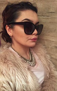 #nudepink #sunglasses #jewel #pink #nude #furcoat