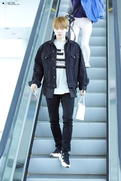150327 EXO Baekhyun | Incheon Airport to Hanoi