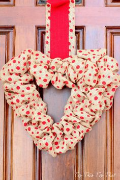 Top This Top That: Heart Burlap Wreath Ideas and ......A Snow Storm